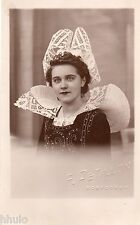 BD946 Carte Photo vintage card RPPC Femme woman folklore costume chapeau dentell