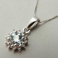 Pretty 9ct Oro Bianco, Acquamarina collana con pendente e diamante