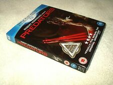 Blu Ray Movie Predators with DVD with card slipcover