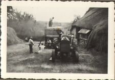 PHOTO TRACTEUR AGRICOLE BATTEUSE FERME