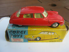 CORGI  210s CITROEN DS 19 ORIGINAL LIGHT PLAYWORN IN WORN ORIGINAL BOX