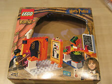 Lego Harry Potter, Nr.4721 - Hogwarts Klassenzimmer