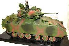 1:18 21st Century Ultimate Soldier U.S Army M2 Bradley Fighting Vehicle Tank