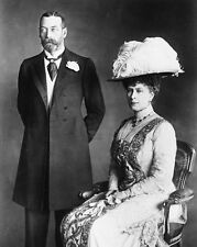 New 8x10 Photo: King George V and Queen Mary, Monarchs of England, 1914