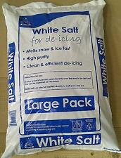 25 KG BAG WHITE ROCK SALT FOR KEEPING DRIVEWAYS AND PATHS CLEAR OF ICE/SNOW