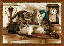 RIOLIS COUNTED CROSS STITCH KIT - FURRY FRIENDS