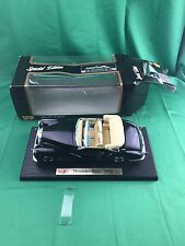Maisto Special Edition Mercedes Benz 300S Die Cast Car, 1:18, (DAMAGED)