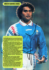 CHRISTIAN KAREMBEU IN FRANCE KIT HANDSIGNED 12 x 8 COLOUR MAGAZINE PICTURE