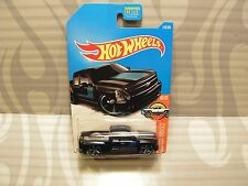 2017 HOT WHEELS ''HW HOT TRUCKS'' #159 = CHEVY SILVERADO = BLACK  us