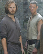 Rupert Young and Tom Hopper UNSIGNED photo - 3459 - Merlin