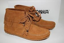 NIB MINNETONKA MOCCASIN Size 8.5 Womens Brown 100% Suede LENA Lace-Up Ankle Boot