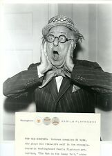 ED WYNN SURPRISED PORTRAIT THE MAN IN THE FUNNY SUIT ORIGINAL 1957 CBS TV PHOTO