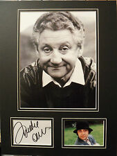 FREDDIE Parrot-face DAVIES Signed 16x12 Photo Display Comedien COA