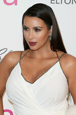 Kim Kardashian 3,200 Pictures Collection Vol 9 DVD (Photo/Images Disc)