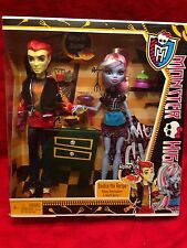 Monster High Doll 2 Pack Home Ick Double The Recipe Abbey Bominable Heath Burns