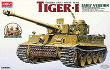 Academy - 1/35 Tiger I Early Production w/ Crew # 13264