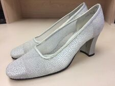Apostrophe Women's Dress Silver Low-Heel Shoes Mesh With Glitter 7W