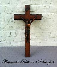 B20151258 - Grand crucifix ( 60 cm ) Christ en régule cuivré et croix en hêtre