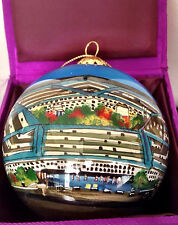 PENTAGON BUILDING, WASHINGTON, DE COLLECTIBLE GLASS ORNAMENT