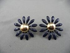 Unique Light Weight Floral Figural Goldtone Dark Navy Blue Pierced Earring Daisy
