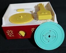2010 MATTEL FISHER PRICE MUSIC BOX RECORD PLAYER WITH ONE DISC