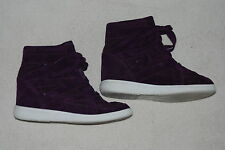 Vera Wang Princess Purple Shoes with Hidden Wedge : Lace Like Design : Size 8.5