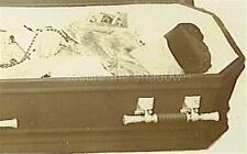 CABINET CARD PHOTO: POST MORTEM ROMAN CATHOLIC PRIEST VESTED w ROSARY in COFFIN