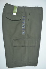 NEW WITH TAGS GAP OLIVE GREEN RUGGED SHORT CARGO 30X11 ACTUAL 33.75 X11 100% COT