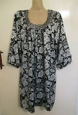 18 STORE TWENTY ONE black white floral long top holiday summer office dress