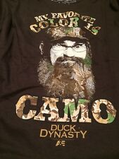 """Duck Dynasty Si Robertson T-Shirt """"Camo is My Favorite Color """" Small"""