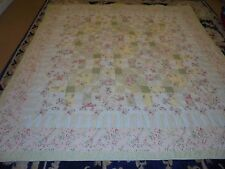 Pretty Springtime Granny Square Pattern Quilt