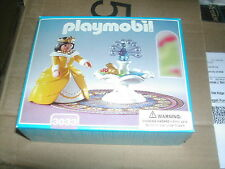 Playmobil 3033 Princess with Magic 3019 Castle Palace Fountain NIB Retired