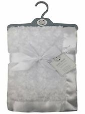 Baby rosebud couverture polaire wrap châle satin trim soft touch (blanc)