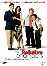Relative Strangers mit Danny DeVito, Kathy Bates, Neve Campbell, Ron Livingston