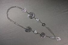 Halskette 51 cm lang grau-silber Florales mit Strass und diversen Anhängern