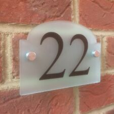MODERN HOUSE SIGN PLAQUE DOOR NUMBER FROSTED GLASS ACRYLIC BRIDGE