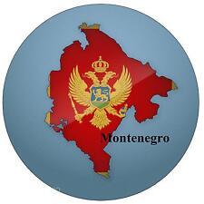 MONTENEGRO KARTE / FLAGGE - RUND SOUVENIR KÜHLSCHRANK-MAGNET - NEU - GESCHENK