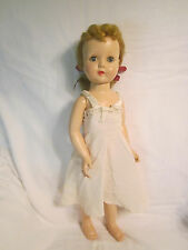 VINTAGE EFFANBEE HONEY WALKER DOLL, 19 INCHES, HARD PLASTIC BODY, VERY GOOD COND