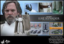Hot Toys 1/6th scale Luke Skywalker Figure Star Wars: The Force Awakens MMS390