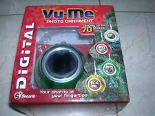 NEW IN BOX DIGITAL PHOTO CHRISTMAS TREE ORNAMENT HOLDS 70 PHOTOS!