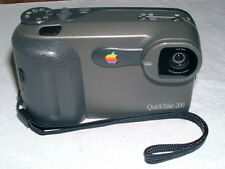 MACINTOSH MAC APPLE QUICKTAKE 200 DIGITAL CAMERA RARE VINTAGE APPLE CAMERA M5709