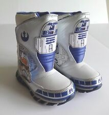 STAR WARS R2D2 TODDLER BOYS WINTER LIGHT UP BOOTS SIZE 8 NEW IN BOX