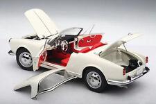 1/18 AUTOart alfa romeo giulietta 1300 spider Bianco/white + aufsetzbares rigide