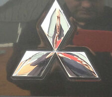 MITSUBISHI SHOGUN REAR MARK.THREE DIA BADGE