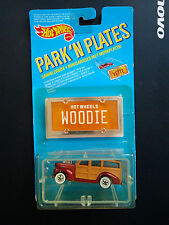 HOT WHEELS  PARK 'N PLATES 40'S WOODIE RUBY RED WW Mint on card Super Rare