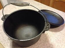 6 Quart Cast iron Caldron
