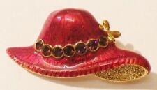 broche bijou rétro chapeau rouge émail vernis cristaux couleur or * 4096