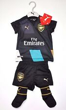 Arsenal FC Trikot Set Baby Kit Hose Stutzen 6-9 Monate Gr. 74 London Fußball