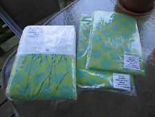 "2 Holly Window Valances 84"" x 16"" & 1 Twin Bed Skirt w/ 1 Standard Pillow Sham"
