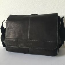 Kenneth Cole Reaction Messenger Shoulder Bag Black Leather Risky Business 524545